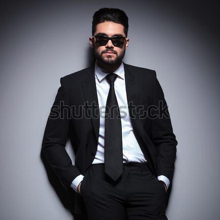 Moda hombre de negocios traje empate sesión grave Foto stock © feedough