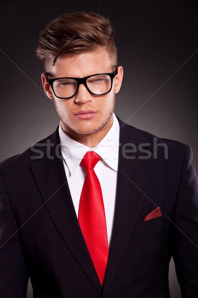 Furioso hombre de negocios jóvenes mirando cámara enojado Foto stock © feedough