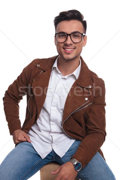 Feliz homem óculos jaqueta de couro sorridente Foto stock © feedough