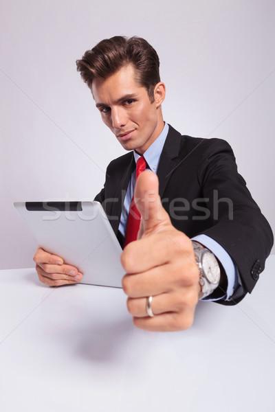Uomo d'affari giovani gesto Foto d'archivio © feedough