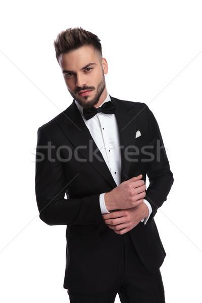 Elegancki człowiek rękaw biały Zdjęcia stock © feedough