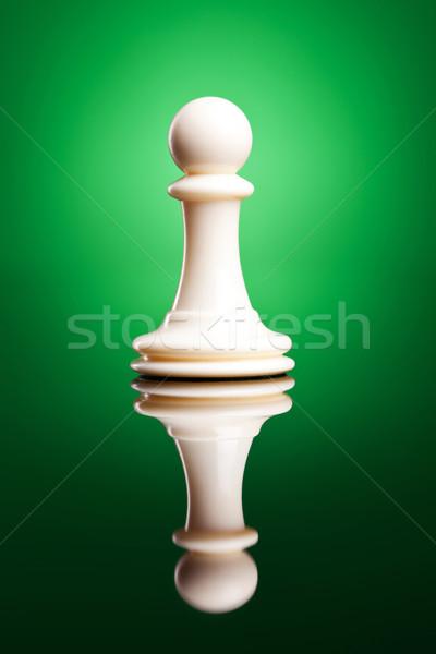 Stockfoto: Witte · pion · schaken · cijfer · hout · achtergrond