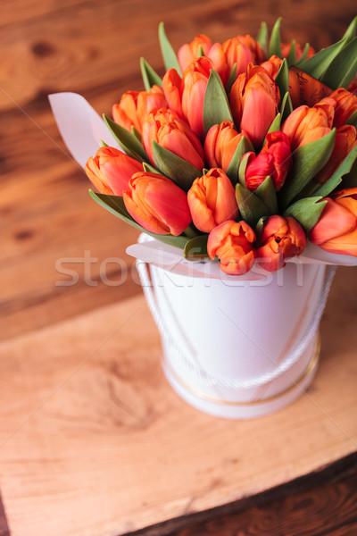 オレンジ チューリップ 花 アレンジメント 古い木材 スタジオ ストックフォト © feedough