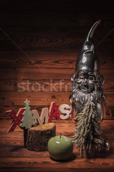 Pequeño plata enano Navidad decoraciones madera vieja Foto stock © feedough