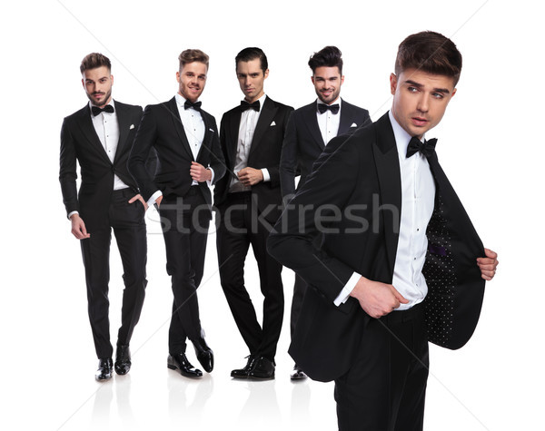 Vijf knap mannen leider naar kant Stockfoto © feedough