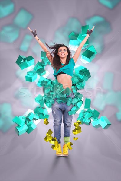 Jeune femme danseur posent piste de danse 3D cubes Photo stock © feedough