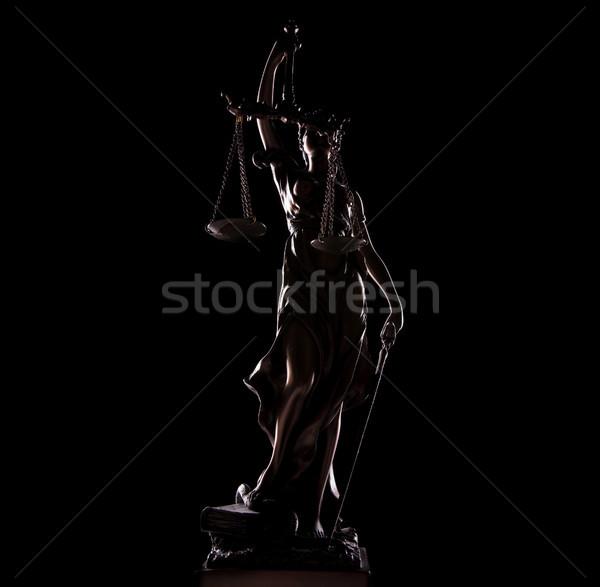 Zdjęcie bogini sprawiedliwości posąg czarny Zdjęcia stock © feedough