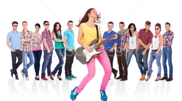 Nő gitáros játszik kő zsemle szenvedélyes Stock fotó © feedough
