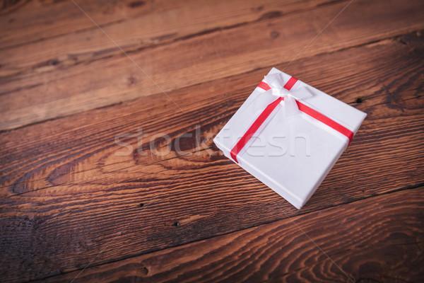 赤 白 現在 ボックス 古い木材 スタジオ ストックフォト © feedough