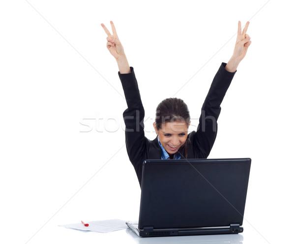Fiatal üzletasszony boldog mögött laptop portré Stock fotó © feedough