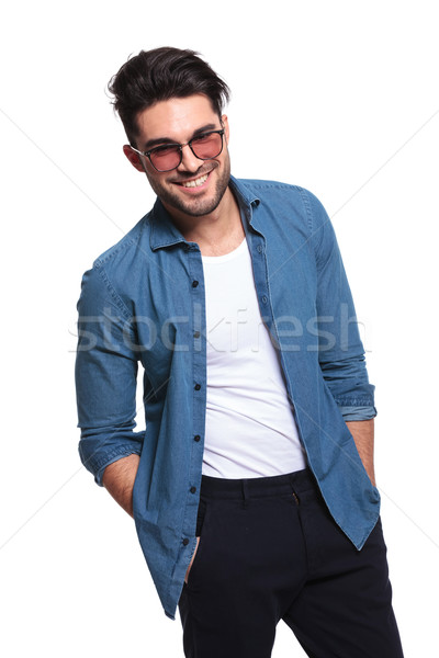 Mode man beide handen gelukkig Stockfoto © feedough