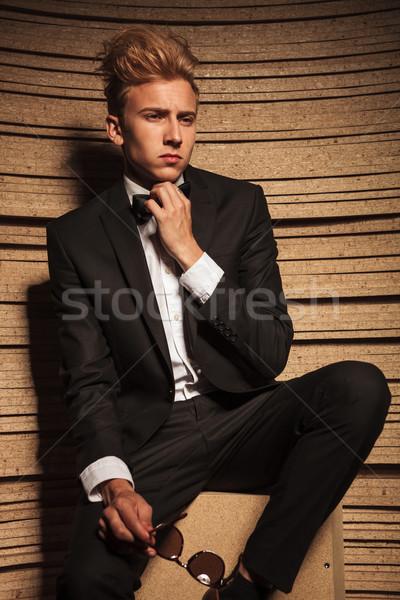 Młodych człowiek biznesu muszka portret Zdjęcia stock © feedough