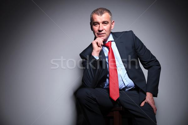 Iş adamı el çene orta yaşlı oturma Stok fotoğraf © feedough