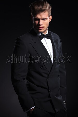 Elegante zakenman smoking business handen Stockfoto © feedough