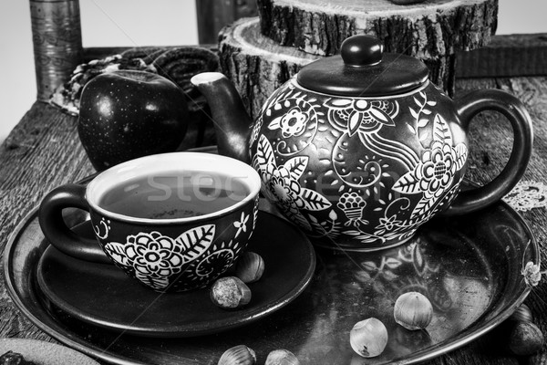 ティーカップ ティーポット 古い 木製のテーブル 黒白 スタイル ストックフォト © feelphotoart