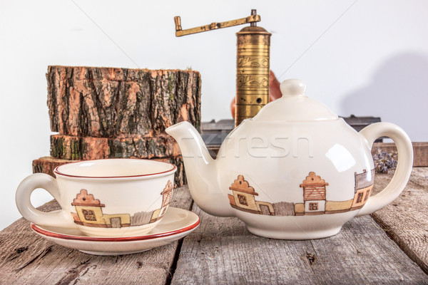 Tea szett teáskanna fa asztal bogrács meleg Stock fotó © feelphotoart