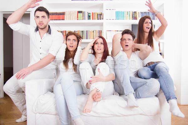 группа друзей смотрят плохо игры телевизор Сток-фото © feelphotoart