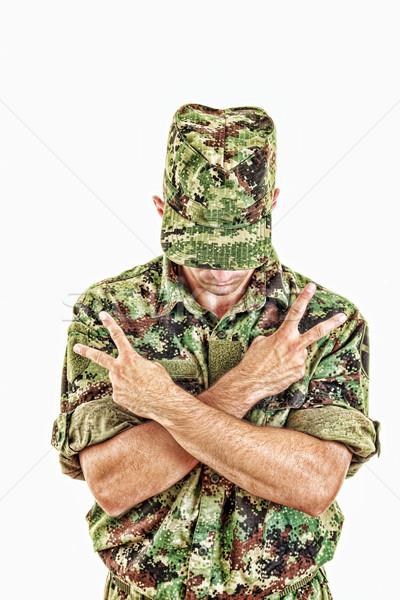 солдата Постоянный знак мира крест оружия Сток-фото © feelphotoart