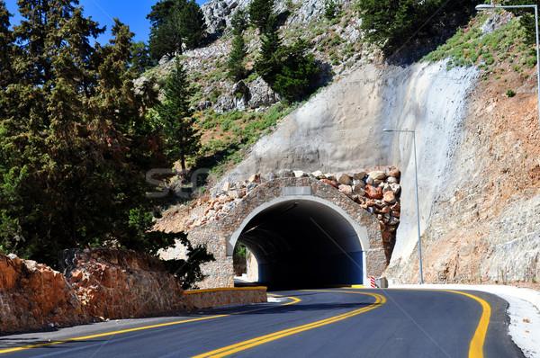 Berg tunnel reizen Europa weg eiland Stockfoto © FER737NG