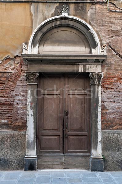 Oude deur stad Venetië Italië baksteen Stockfoto © FER737NG