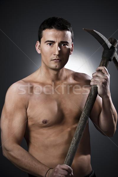 Jeune homme ax noir jeunes travailleur homme Photo stock © Fernando_Cortes