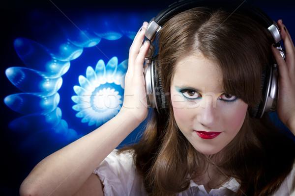 Oynama profesyonel diskcokey güzel kız dinleme müzik Stok fotoğraf © Fernando_Cortes
