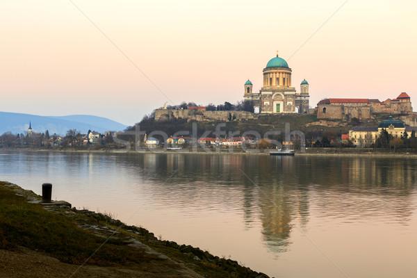 Basílica Hungria cidade norte direito banco Foto stock © Fesus