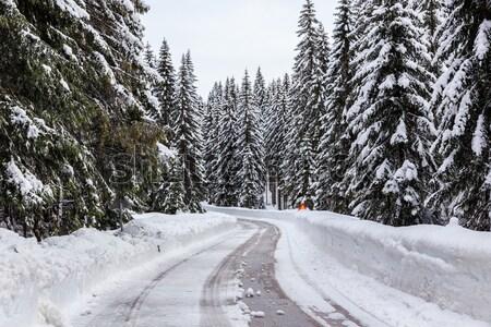 Tél út Szlovénia Alpok tájkép hó Stock fotó © Fesus