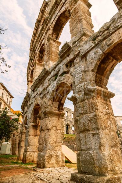 Famoso antigo romano anfiteatro arena Foto stock © Fesus