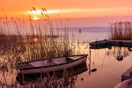 Wygaśnięcia jezioro Balaton łodzi Węgry wody Zdjęcia stock © Fesus