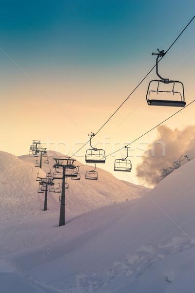 Esquí ascensor sillas cielo azul deporte naturaleza Foto stock © Fesus