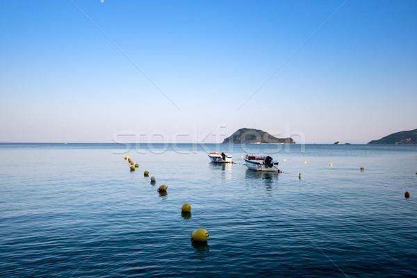 孤独 伝統的な ギリシャ語 漁船 海 水 ストックフォト © Fesus