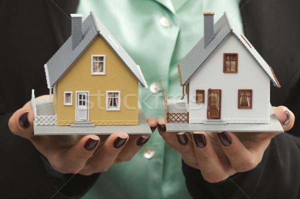Stockfoto: Huizen · vrouwelijke · handen · twee · home