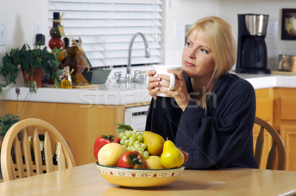 женщину кухне Кубок кофе дома Sexy Сток-фото © feverpitch