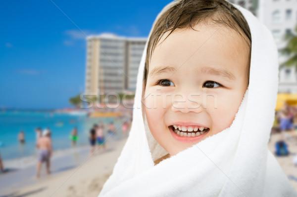 Boldog aranyos félvér kínai kaukázusi fiú Stock fotó © feverpitch