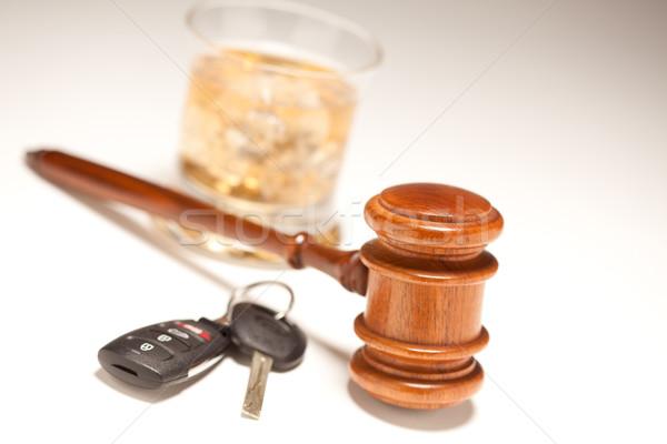 Kalapács alkoholos ital slusszkulcs fehér iszik vezetés Stock fotó © feverpitch
