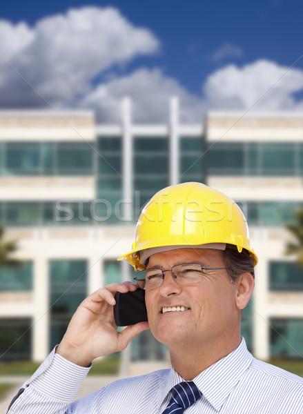Beszállító munkavédelmi sisak telefon épület jóképű nyakkendő Stock fotó © feverpitch