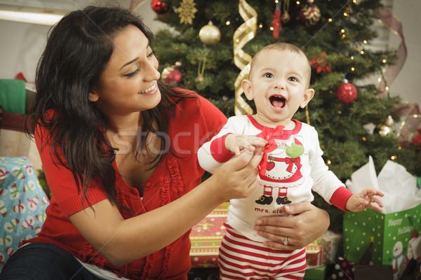 Foto stock: étnico · mulher · recém-nascido · bebê · natal · retrato