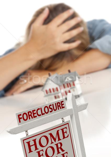 Nő fej kéz mögött modell otthon Stock fotó © feverpitch
