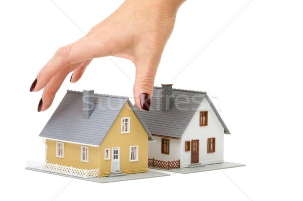 Stockfoto: Kiezen · home · vrouwelijke · hand · huis · geïsoleerd