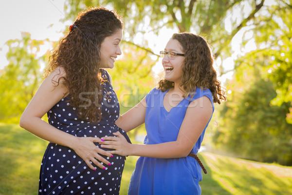 Stockfoto: Latino · dochter · baby · kick · zwangere