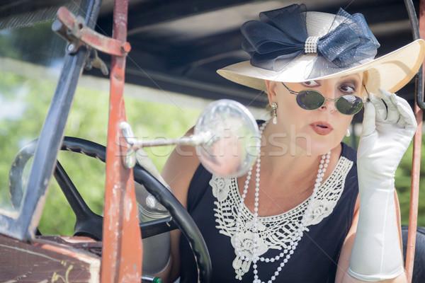 Vonzó nő huszas évek smink antik vonzó fiatal nő Stock fotó © feverpitch