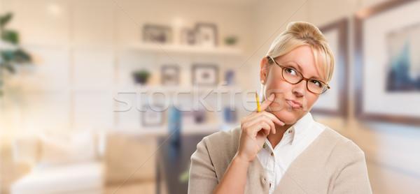 Piękna ekspresyjny student kobieta interesu farbują Zdjęcia stock © feverpitch