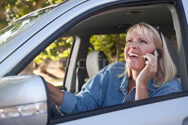 Foto stock: Mujer · atractiva · teléfono · celular · conducción · atractivo · mujer · rubia · mujer