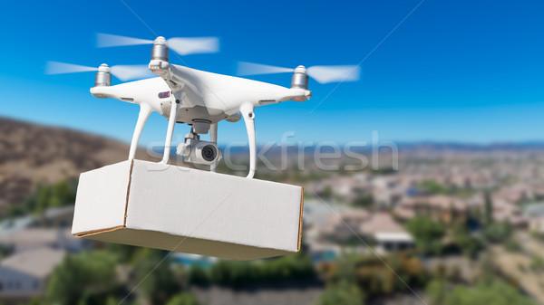 Samolotów pakiet sąsiedztwo niebo płaszczyzny Zdjęcia stock © feverpitch