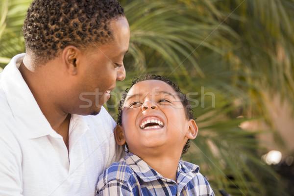 Stockfoto: Gelukkig · halfbloed · vader · zoon · spelen · park · familie