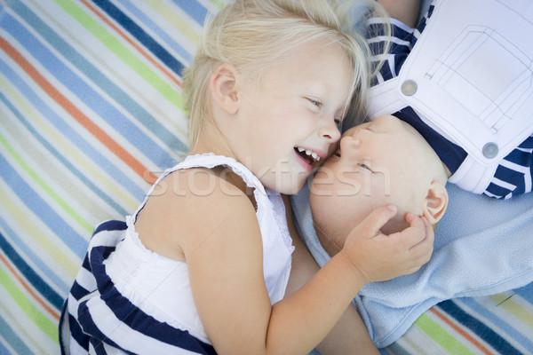Piccolo sorella baby fratello coperta Foto d'archivio © feverpitch