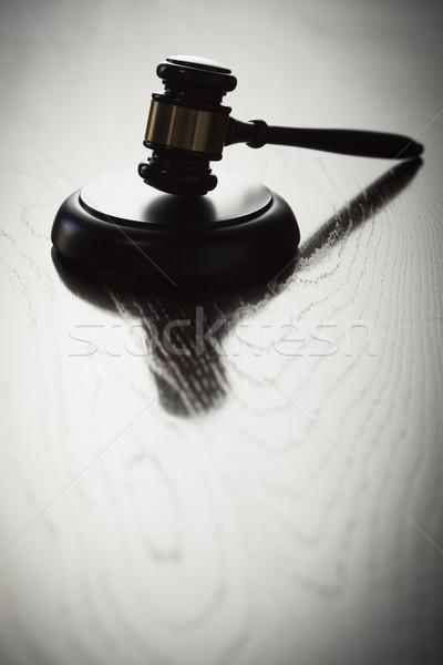 Drámai kalapács sziluett tükröződő fa felület Stock fotó © feverpitch