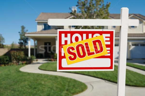 Stock fotó: Eladva · otthon · vásár · ingatlan · felirat · ház