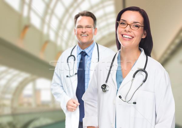Due medici ospedale costruzione Foto d'archivio © feverpitch